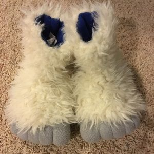 Other - 2t-3t yeti slippers